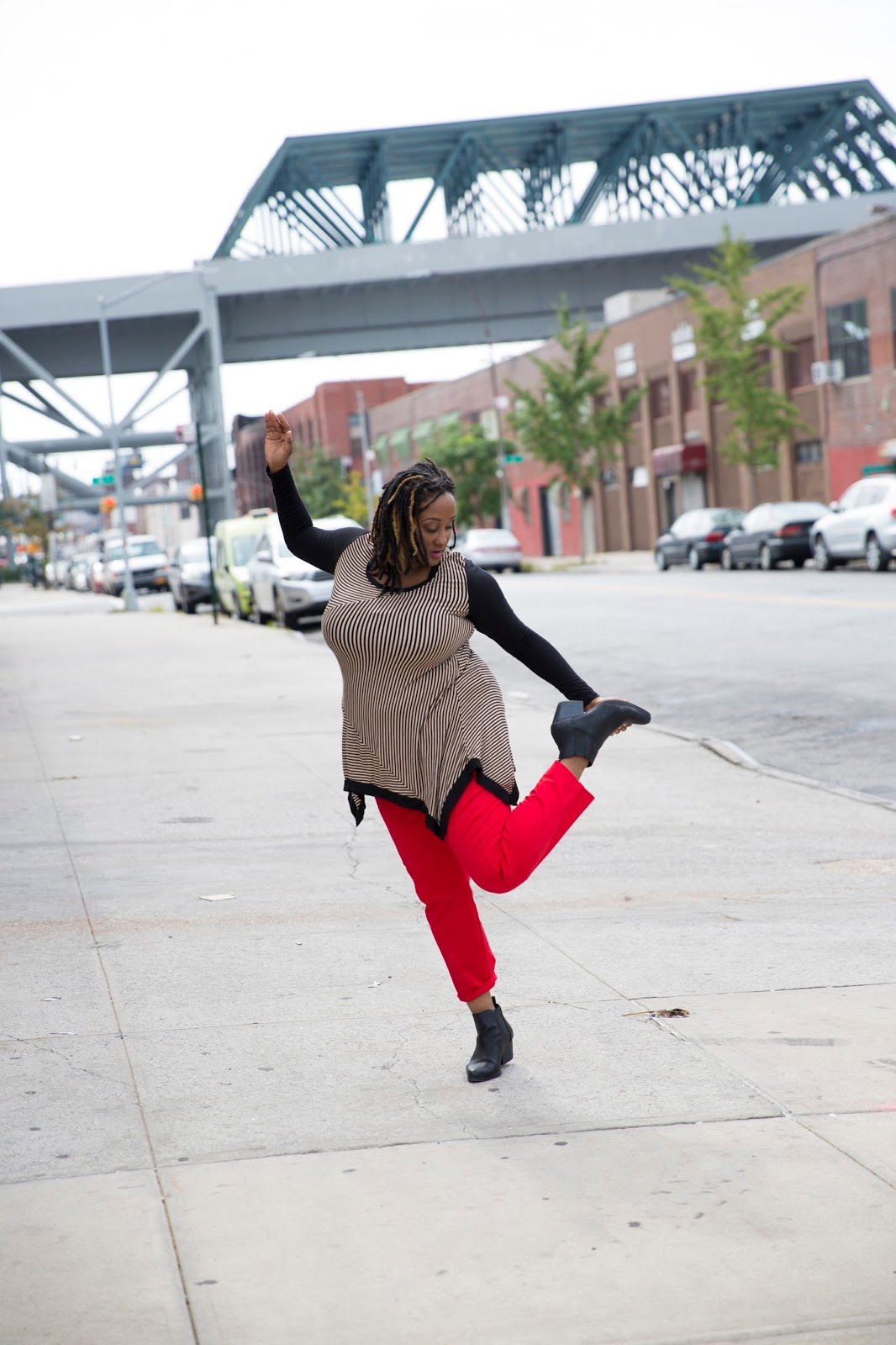 Kayla Hamilton Dancing